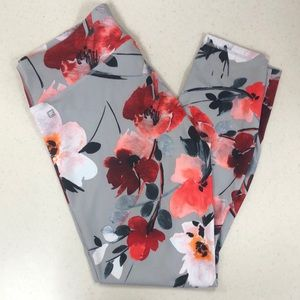 FABLETICS LEGGINGS- SUPER CUTE!